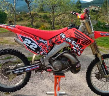 Kit-deco-perso-honda-cr-restyling-troylee